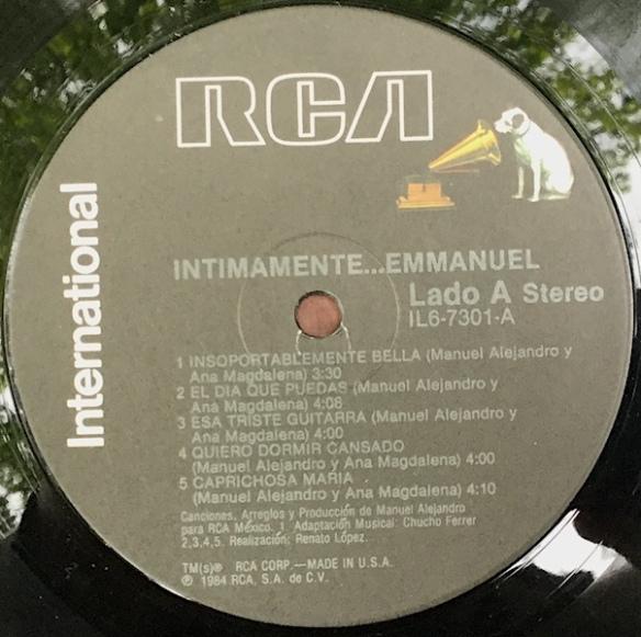 Intimamente_Emmanuel_Side1