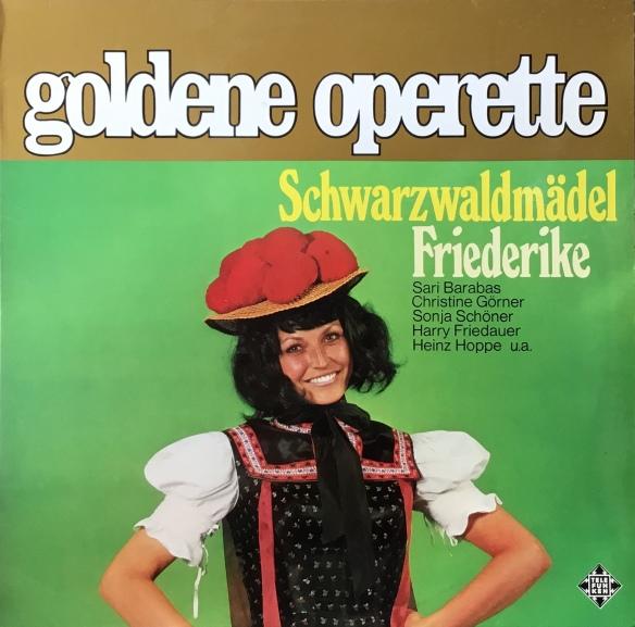 SchwarzFriederike_GoldenOperette